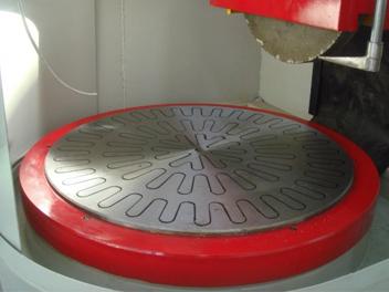 卧磨用圆形电磁吸盘(梅花型)